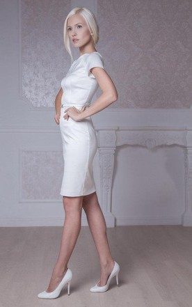 Jewel Neck Fitted Short Satin Wedding Dress With Short Sleeves