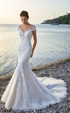 7cc7a900bfed Trumpet Floor-Length V-Neck Cap-Sleeve Lace&Tulle Wedding Dress With  Appliques ...