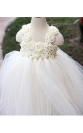 Stunning Sleeveless Flower Bust Pleated Tulle Gown With Bow Sash