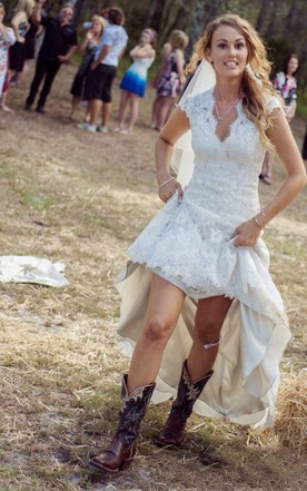 Country Style Wedding Gowns, Rustic & Western Bridals Dresses - June ...