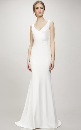 fa57be0a844 Long V-Neck Wedding Dress With Sweep Train And V Back ...
