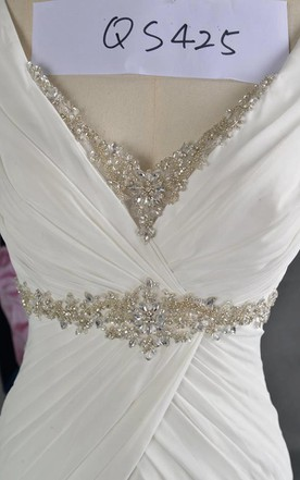 V-Neck Sleeveless A-Line Chiffon Wedding Dress With Beading