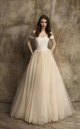 Unique Off Shoulder A Line Tulle Wedding Dress With Lace Bodice
