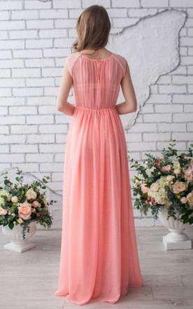 Pleated Scoop Sleeveless Chiffon Dress