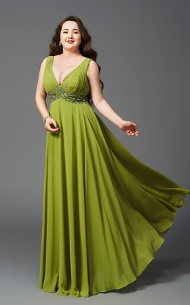 Plus Size Formal Dresses | Cheap Prom Gowns For Full Figures - June ...