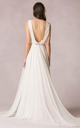 a484a98c02 ... Floor-Length Sleeveless V-Neck Chiffon Wedding Dress