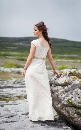 V-Neck Cap Sleeve A-Line Lace Wedding Dress With Beading