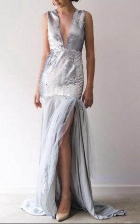 V Neck Sleeveless Split Front Backless Dress
