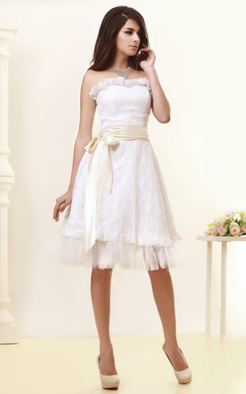 Lovely Strapless Lace Midi Dress With Ribbon