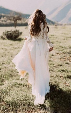 4a1783399d Country Style Wedding Gowns, Rustic & Western Bridals Dresses - June ...