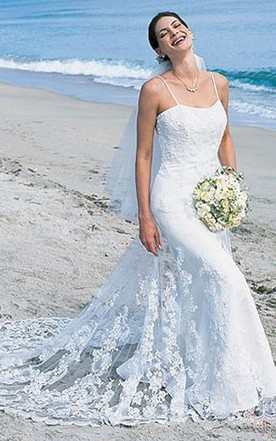 Trumpet Mermaid Spaghetti Straps Tulle Beach Wedding Dress