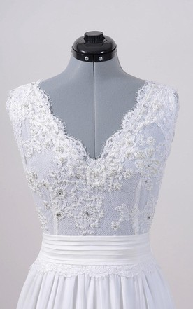 Sleeveless V-Back Alencon Lace Wedding Dress With Chiffon Skirt.