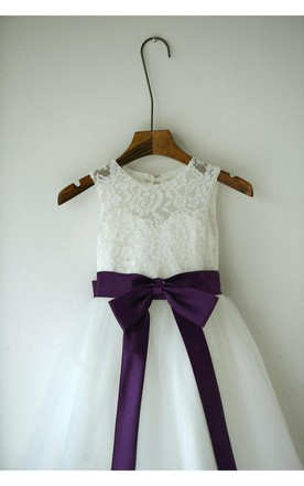 Sleeveless Jewel Neck A-line Lace Dress With Eggplant Sash and Bow