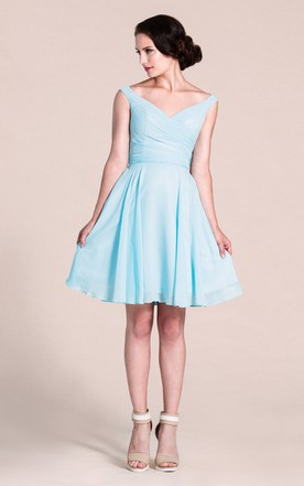 Sleeveless V-neck Knee-length Bridesmaid Dress With Pleats