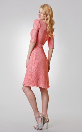 Chic Bateau Neckline A-line Knee Length Lace Dress
