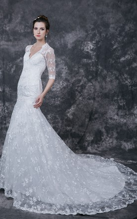 Lovely 3 4 Sleeve A-line Lace-appliqued Slim Gown With V-neck