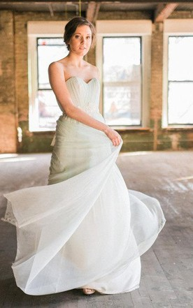 Modern Romantic Mint Green Sweetheart Pleated Tulle Wedding