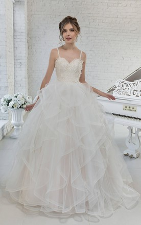 Tulle Ball Gown Ruffled Spaghetti-Strap Wedding Dress With Appliques