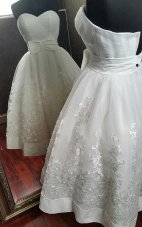 Cute Tea-Length Appliqued A-Line Wedding Dress With Bow