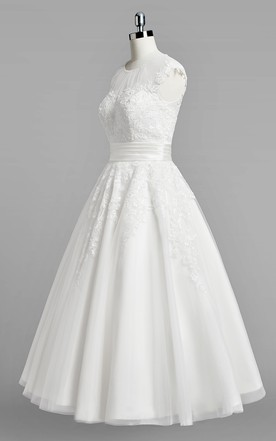 Jewel Neck Cap Sleeve A-Line Lace Wedding Dress With Ruched Belt