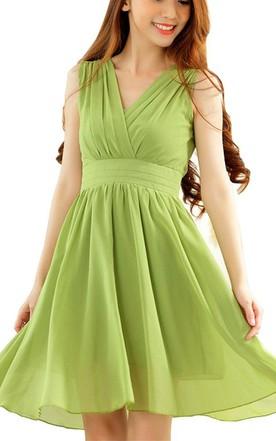 Green Short Chiffon Dresses