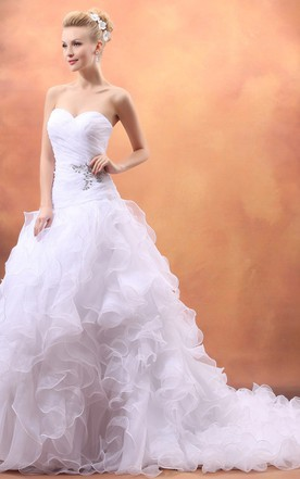 Stunning A-Line Organza Sweetheart Sleeveless Gown With Ruffled Skirt