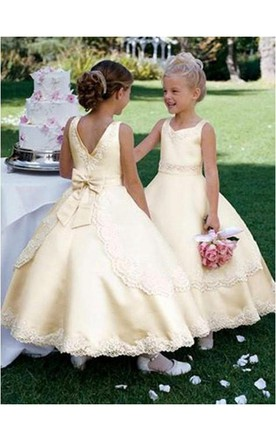 da2db0a3a4 Ball Gown Scoop Sleeveless Bowknot Ankle-length Satin Flower Girl Dresses