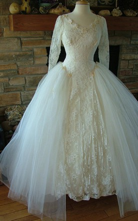 Are Sequins On A Wedding Dress Tacky | June Bridals