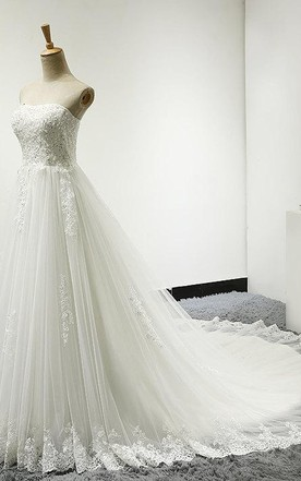 Strapless Tulle Wedding Dress With Lace Bodice Court Train