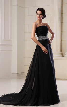 Scalloped Edge Neckline-Neck Wonderful Gown With Sequined Waist