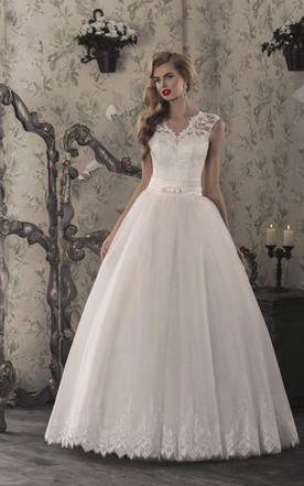 A-Line Tulle Lace Weddig Dress With Illusion