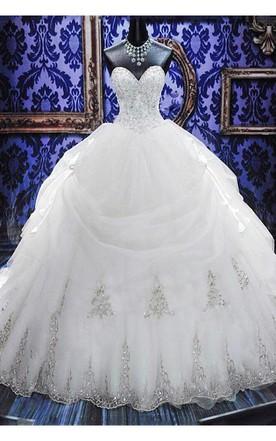 Gorgeous Ball Gown Beadings Wedding Dress 2018 Court Train Bowknot