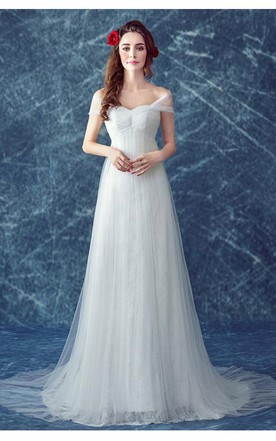 e2559b10a35 Romantic Tulle Off-the-shoulder Wedding Dress 2018 Lace-up Sweep Train ...