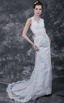 1920's Vintage Style Lace Gown with Back Keyhole(Giveaway Wedding Sashes)