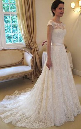 A Line Princess Sleeveless Bateau Lace Court Train Wedding Dresses