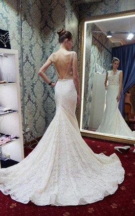 Jewel Neck Mermaid Lace Wedding Dress With Beading And Long Tail