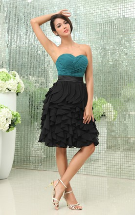 Sweetheart Sleeveless Blend Color Dress With Ruching And Cascading Ruffles