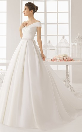 Satin bridal gowns bridal dresses with high quality satin june ball gown off the shoulder sleeveless satin wedding dress with ruching junglespirit Choice Image