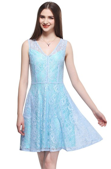 Junior Plus Size Homecoming Dresses and Gowns - June Bridals