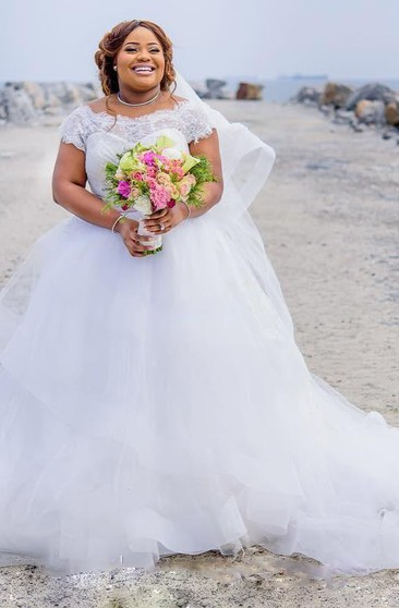 Pin By Chelsea Boyden On Wedding Plus Size Wedding Gowns Ball