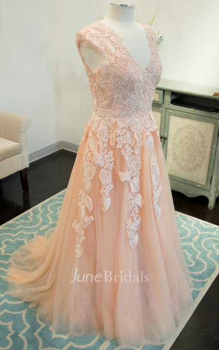 A-Line V-Neck Tulle Dress With Lace Appliques