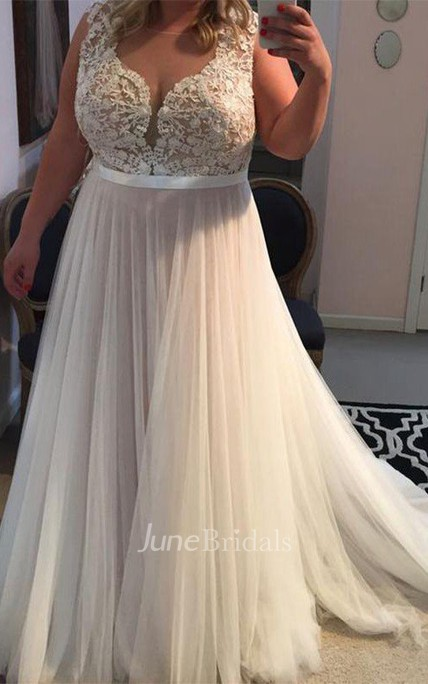 Straps Sleeveless Applique Sweep Brush Train Tulle Plus Size Dress