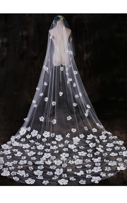New Beautiful Fairy Petals Flower Veil 3 Meters Trailing Long Veil