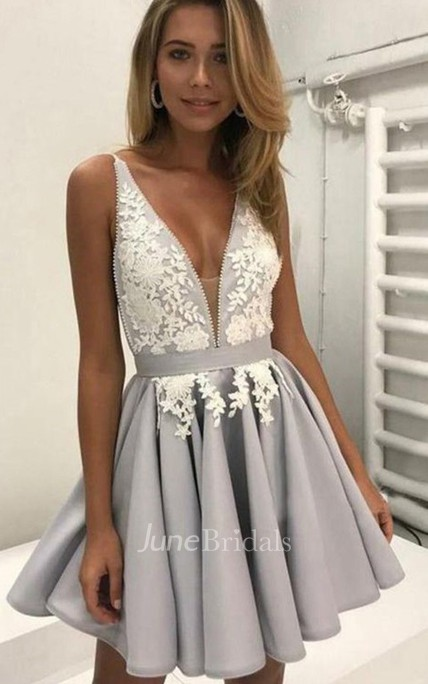 A-line Plunging Neckline Sleeveless Appliques Pleats Short Mini Chiffon Homecoming Dress