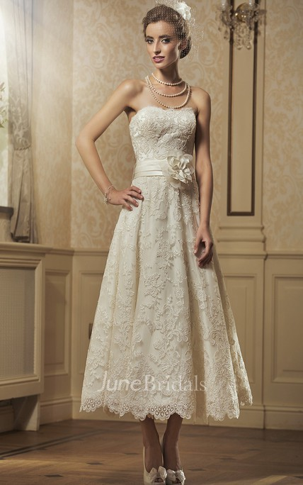A-Line Tea-Length Appliqued Strapless Sleeveless Lace Wedding Dress With Flower