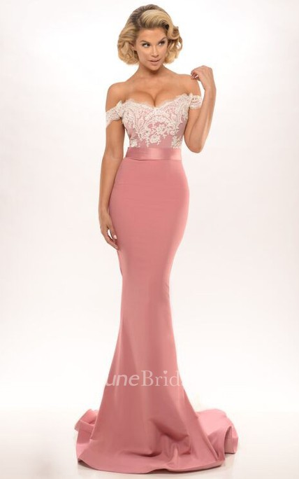 Trumpet Off-The-Shoulder Long Appliqued Jersey Prom Dress