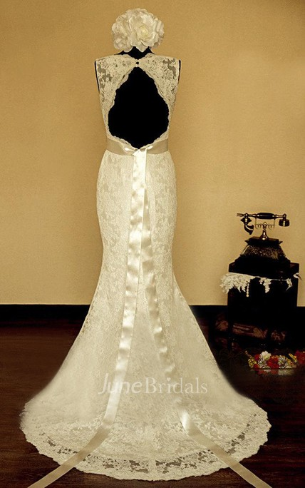 V-Neck Sleeveless Keyhole Back Mermaid Lace Wedding Dress With Sash And Flower