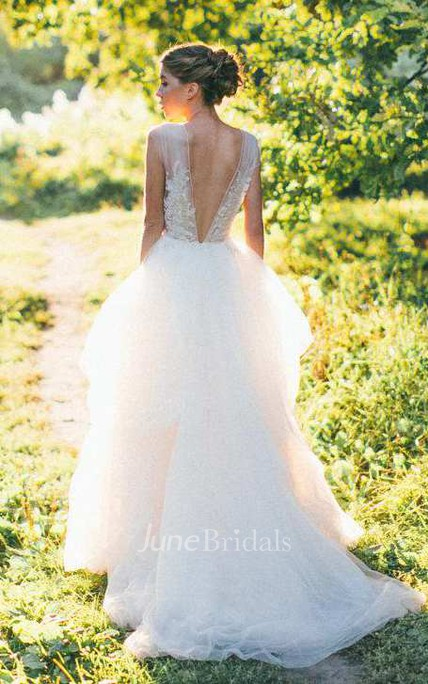 Illusion Scoop-Neck Sleeveless A-Line Tulle Wedding Dress With Appliques