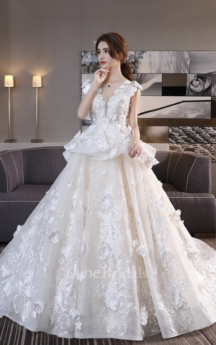 Princess 3D Floral Appliqued Cap Sleeve Lace Wedding Ball Gown With Peplum Skirt And Lace-up