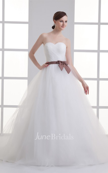 sweetheart criss-cross ball tulle gown with bow